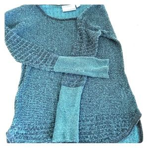 Gorgeous vera wang Teal color sweater